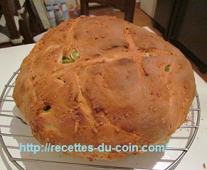 PAIN AUX OLIVES DUCOIN